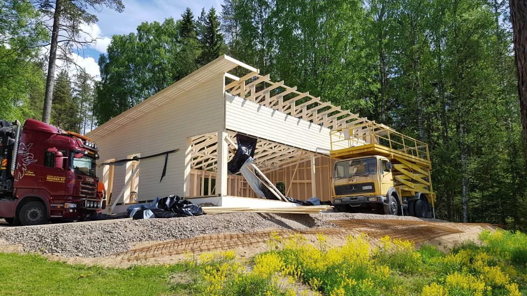 asuminen-piharakennus-valwood.fi