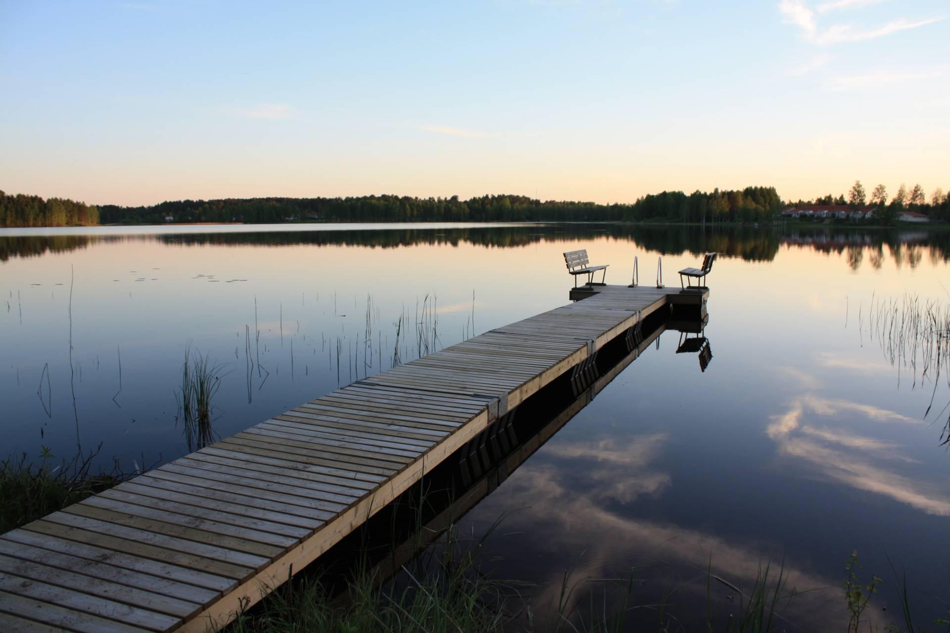 laituri2-valwood.fi